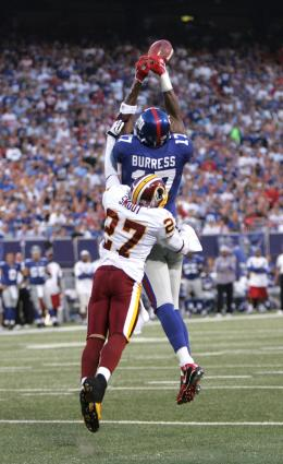 Plaxico Burress out jumps Redskins DB