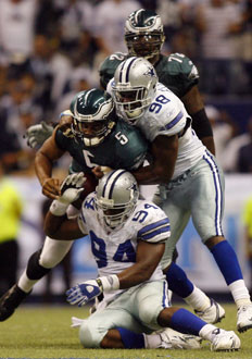 The Eagles Fell short againt the Cowboys on monday night losing 41-37