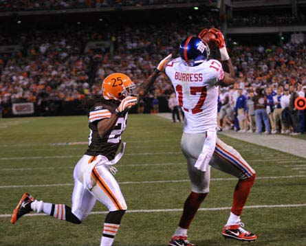 Plaxico Burress Catches a TD against the Browns on monday night