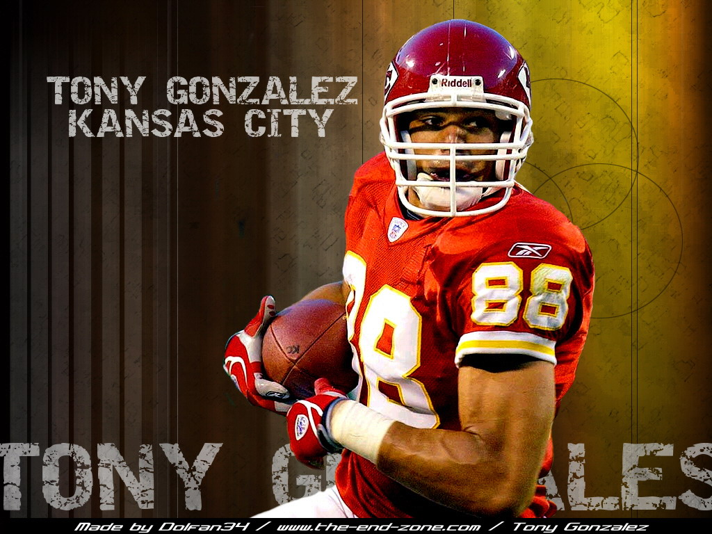 tony gonzalez sportsroids te possible trade TE Tony Gonzalez Might Be Traded To The New York Giants