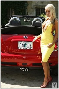 sara jean underwood car 1 200x300 Playmate of the Year, Sara Jean Underwood is selling her 2007 Mini Cooper S on ebay!