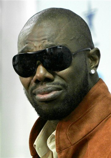 Terrell Owens A Free Agent Once Again