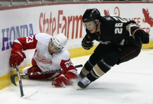 ducks vs red wings 300x204 Last Two Champs Battle Headlines West Round Two