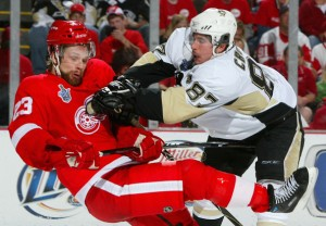 pens over wings 300x208 Penguins Win, Treat Fans to Game Seven