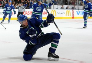 alex burrows scores 300x208 Washington and Vancouver Tease